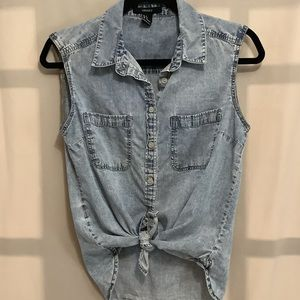 Forever 21 sleeveless acid wash button up top